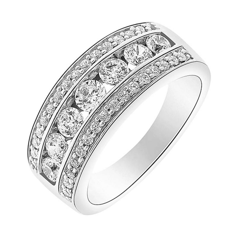 9k White Gold Diamond Eternity ring, Ipanema