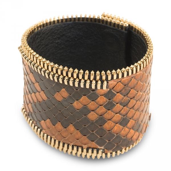 bracelet manchette python maron et plaqué or jaune rebel coralie paris diveene joaillerie