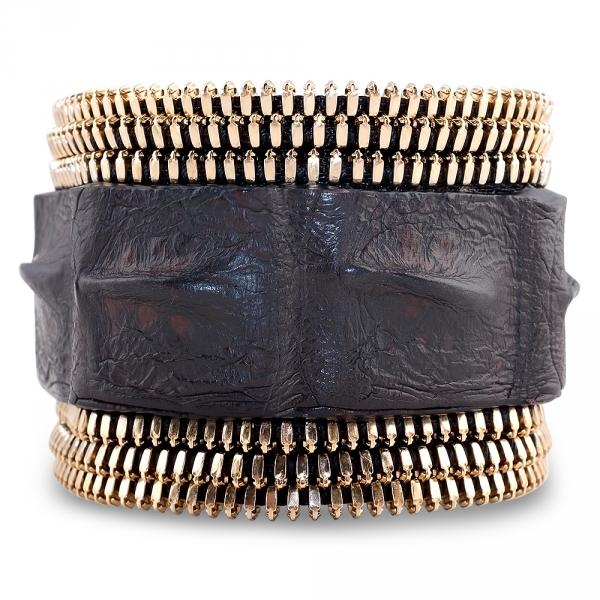 bracelet pour elle et lui alligator marron et plaqué or jaune triomph coralie paris diveene joaillerie