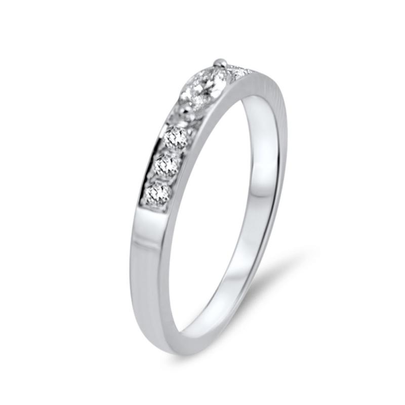 18k White Gold Diamond Ring, Sophie