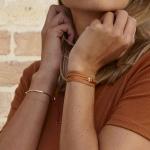 bracelet multi tours cuir et plaque argent le lacet parisien valentine diveene joaillerie