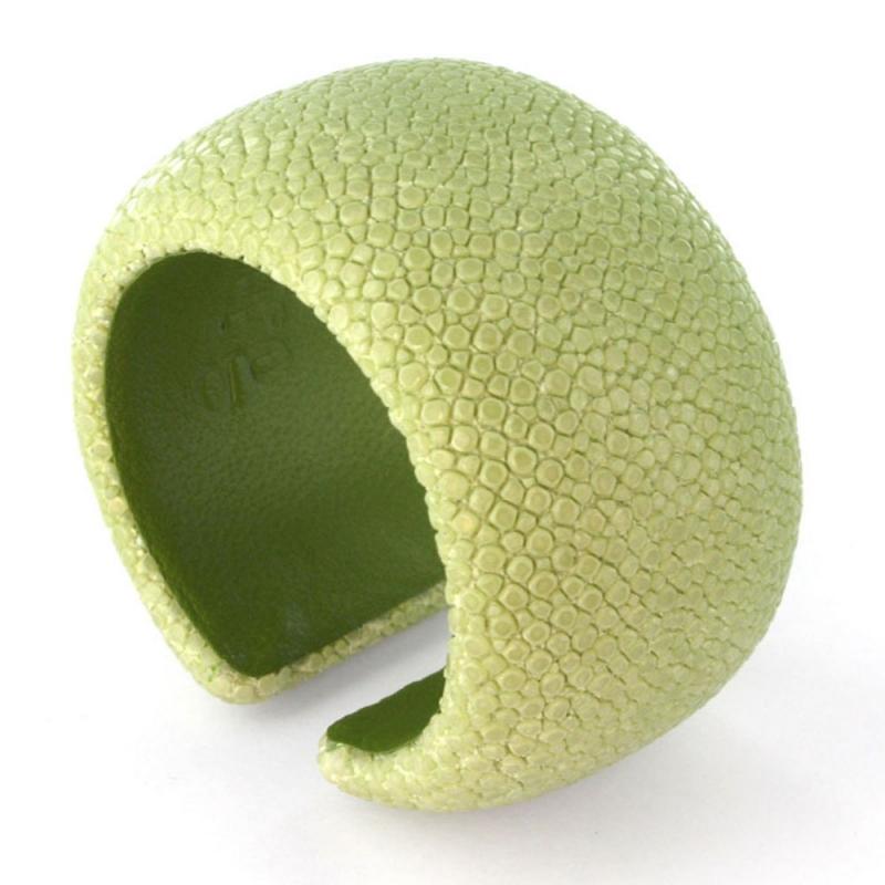 Bracelet en galuchat , Apple's 40