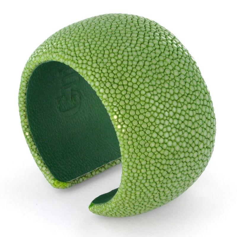 Bracelet en galuchat , Grass 40