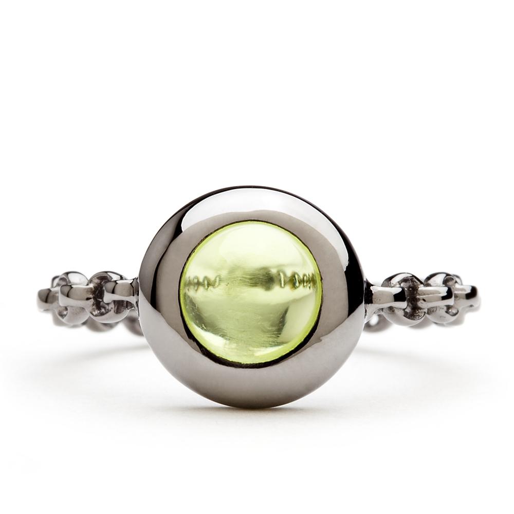 bague chaine rigide en or noir et peridot diveene joaillerie bague pierre verte